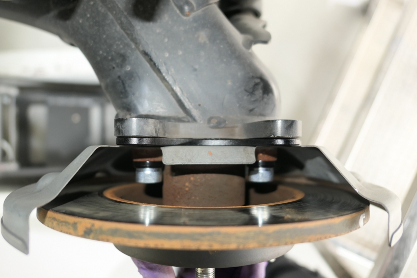 Q0564 - REAR CAMBER/TOE ADJUSTING SPACER